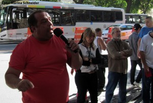 """Para Roberto Ponciano, """"não podemos ser irresponsáveis em decretar uma greve sem a condição ideal"""""""