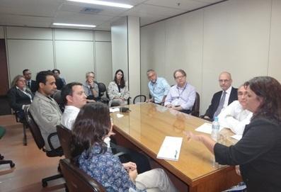 Sindicato reivindica que Crea e Defesa Civil façam perícia no Foro Venezuela