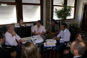 A comissão de servidores debateu o tema com o presidente do TRT
