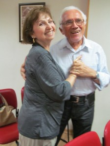 O servidor aposentado Sebastião Campelo e sua esposa, Ieda, adoraram a tarde musical