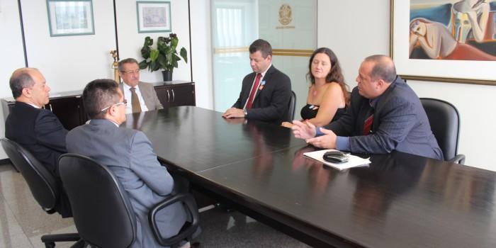 Relator cumpre promessa e pauta PLC de reajuste do Judiciário para dia 6