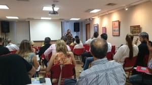 A assessora política do Sisejufe, Vera Miranda, apontou os desafios da categoria