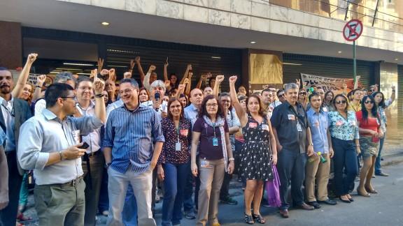 Servidores do TRF2 rejeitam acordo de 41,47% e apoiam intensificação da greve