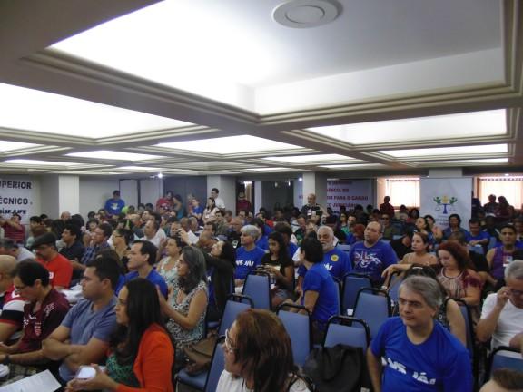 Plenária da Fenajufe aprova nível superior para técnicos e define os rumos da campanha salarial