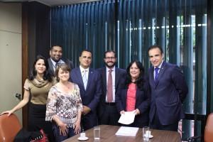 Reunião dos dirigentes sindicais com a senadora Rose de Freitas e o deputado federal Hugo Leal