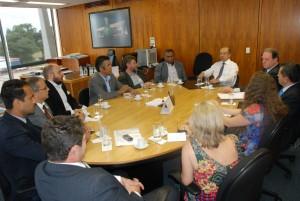 Valter Nogueira, presidente do Sisejufe, participa de reunião com Amarildo Vieira, diretor-geral do STF; Paulo Shimit, assessor do presidente do Supremo e dirigentes sindicais