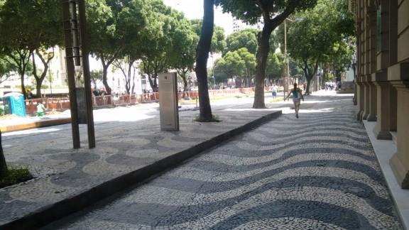 foto Rio Branco Vazia