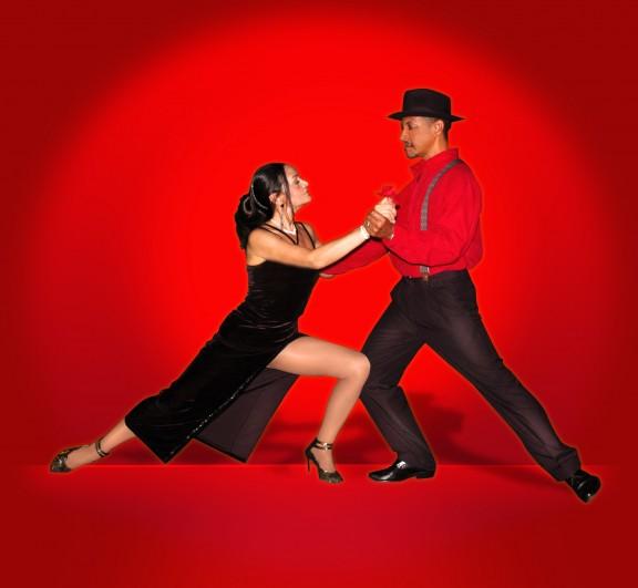 DAP convida aposentados e pensionistas para uma tarde de Tango, na terça, 31 de maio