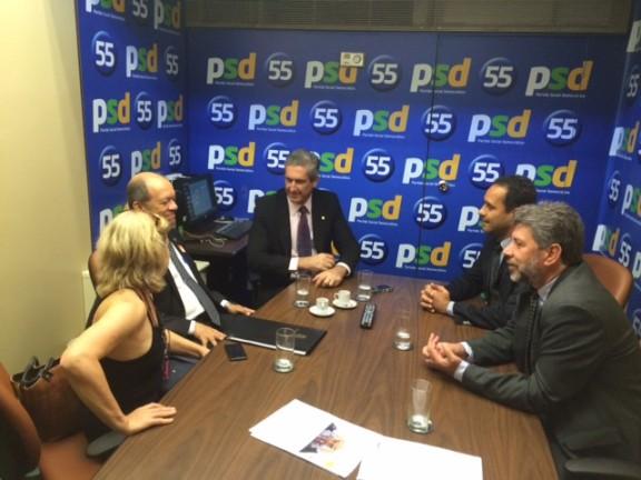 Com afastamento de Eduardo Cunha, dirigentes sindicais intensificam articulações para aprovar PL 2648