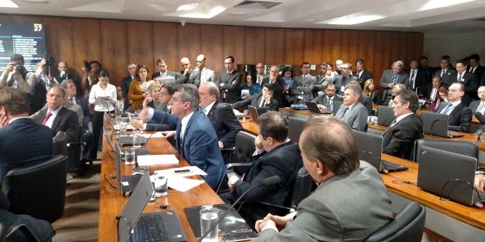 PLC 29/16 é aprovado na CAE, mas PSDB e DEM impedem aprovação no Plenário com pedido de audiência pública