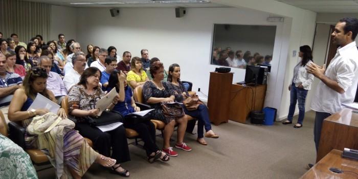 Sindicato esclarece servidores sobre situação do plano de saúde