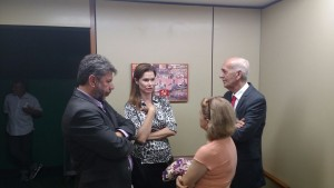 Deputada Ângela Albino conversa com dirigentes sindicais