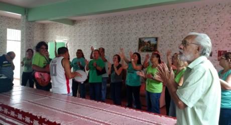 Coral do Sisejufe anima manhã da Associação Aliança dos Cegos
