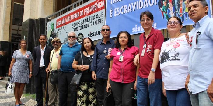 Ato defende Justiça do Trabalho de ataques que pregam sua extinção