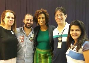 Da esquerda para direita: servidora Mariana Petersen, servidor Rodrigo Alcântara, vereadora Marielle, diretor do Sisejufe Ricardo Quiroga e a servidora Fabiana Baptista
