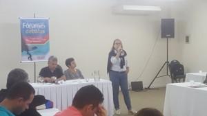 A diretora Helena Cruz fala da saúde do servidor