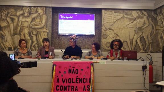 CAMTRA celebra 20 anos com lançamento de Dossiê sobre leis que atingem as mulheres