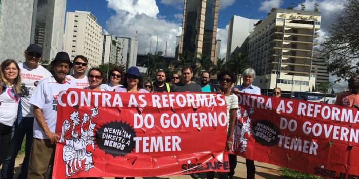 #OcupaBrasília: Violência policial marca manifestações contra as Reformas na capital federal