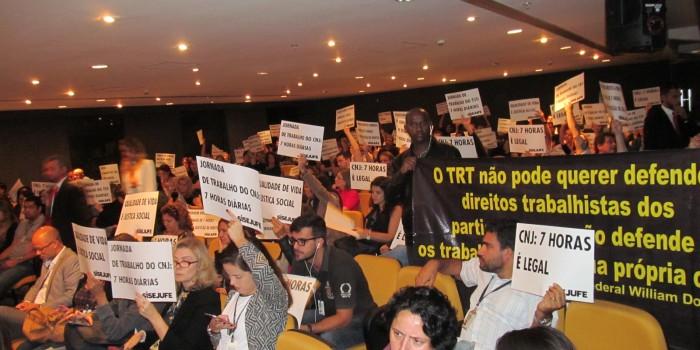 Servidores do TRT do Rio voltam a pressionar Órgão Especial no dia 29 de junho