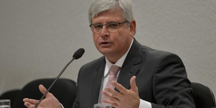 """Janot opina pela inadmissibilidade da proposta de Gilmar Mendes sobre os """"13,23%"""""""
