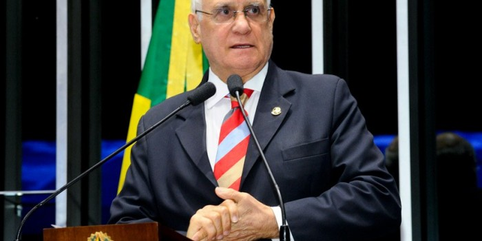 Senador do RS é designado relator na CCJ do PL que regulamenta perda de cargo público por insuficiência de desempenho