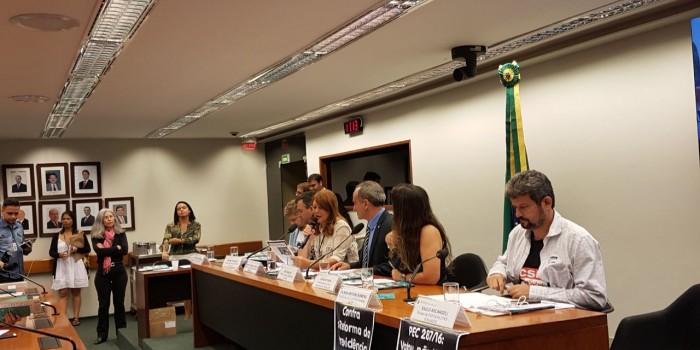 CARAVANA DO SISEJUFE PRESSIONA deputados a votarem contra a antirreforma da Previdência