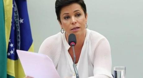 DEU NA IMPRENSA – Cármen Lúcia suspende posse de Cristiane Brasil no Ministério do Trabalho