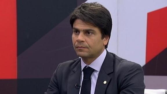 PROPOSTA DE DEPUTADO muda 'regra de ouro' e define mecanismos de controle de gastos públicos