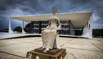 STF CASSA DECISÃO do CNJ que assegurou a juiz regra de aposentadoria revogada