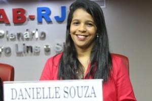 Danielle Souza editada