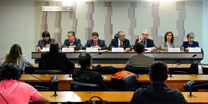AUDIÊNCIA PÚBLICA no Senado: Terceirização precariza relações de trabalho no país