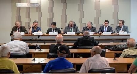 REFORMA DA PREVIDÊNCIA preocupa convidados em audiência na CDH do Senado