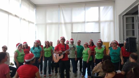 Coral do Sisejufe comemora o fim do ano com canções de natal e o melhor da MPB
