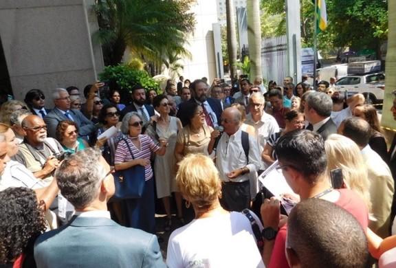 DEU NA IMPRENSA: Ato em Defesa da Justiça do Trabalho ganha destaque nos principais jornais
