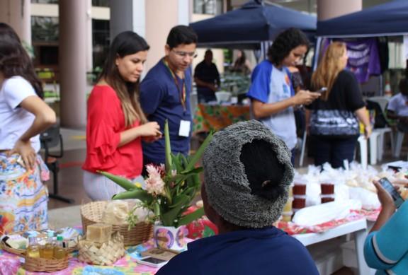 Primeira Feira do Bem Viver é realizada na JF Venezuela