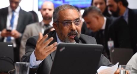 Paim atende Fenajufe e pedido de vista suspende votação do PLS 116/17 na CAS