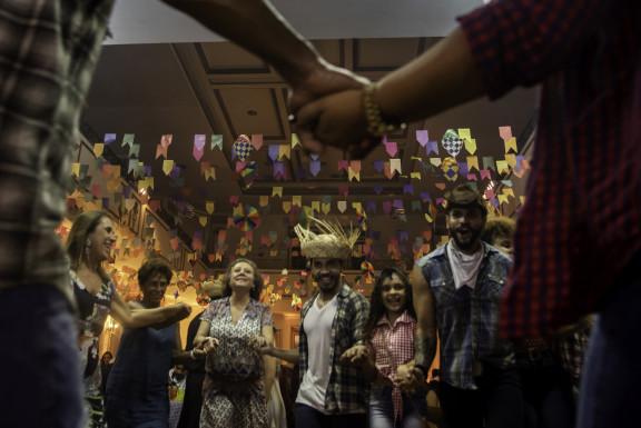 Servidores se divertem na tradicional festa junina do sindicato