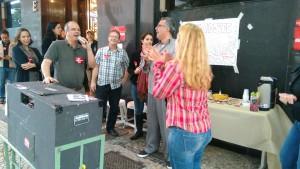 Atividade do TRE teve bolo para lembrar os 9 anos sem reposição salarial